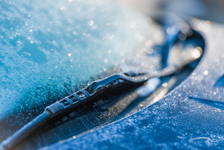 How Air Temperature Affects Windshields