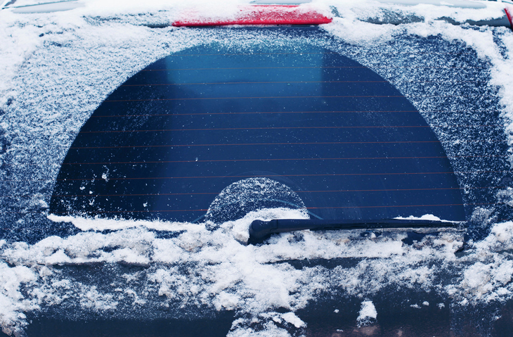 Tips to Stop Ice From Building up on Your Windshield and Windows