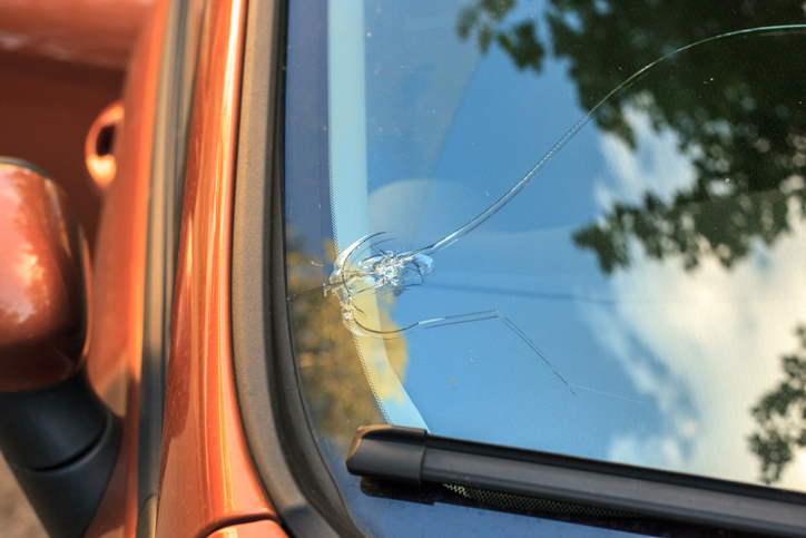 How Long You Can Drive with a Cracked Windshield